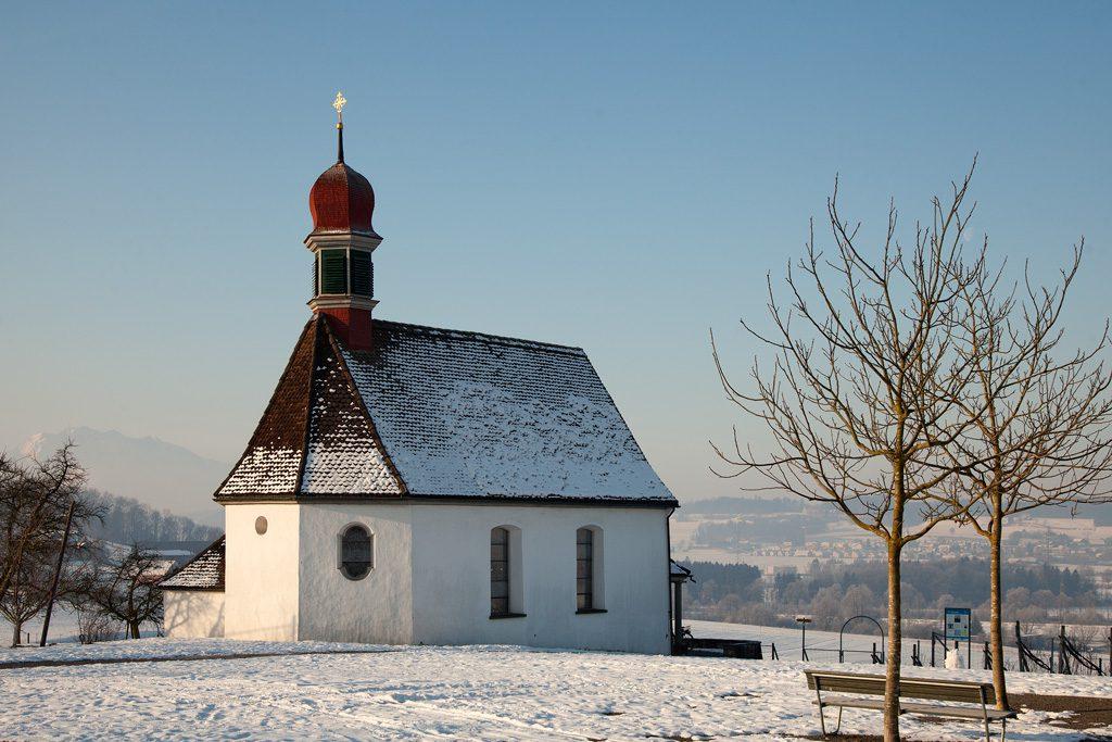 Hünenberg, Weinrebenkapelle im Winter