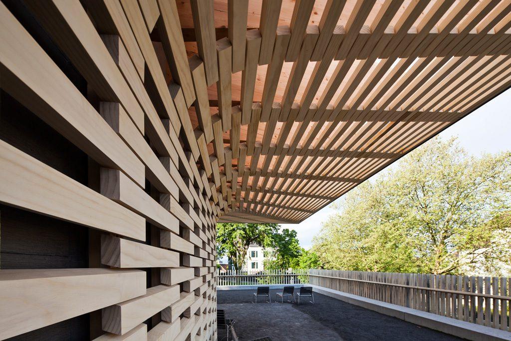 Zug, Pavillon bei Parkhaus Detailansicht
