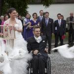 Hochzeit Christina & Marcel, weisse tauben fliegen aus dem Käfig