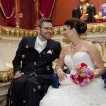 Hochzeit Christina & Marcel, Brautpaar umgeben von Seifenblasen