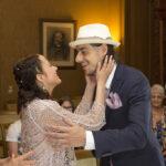Diana & Edi, Brautpaar freut sich nach der Trauung