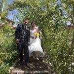 Hochzeit Monika & Roger, durch den dichten Kräutergarten